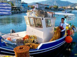 Kuter na wyspie Samos - zrodlo Pixabay