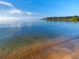 Uganda - plaża nad jeziorem Wiktorii